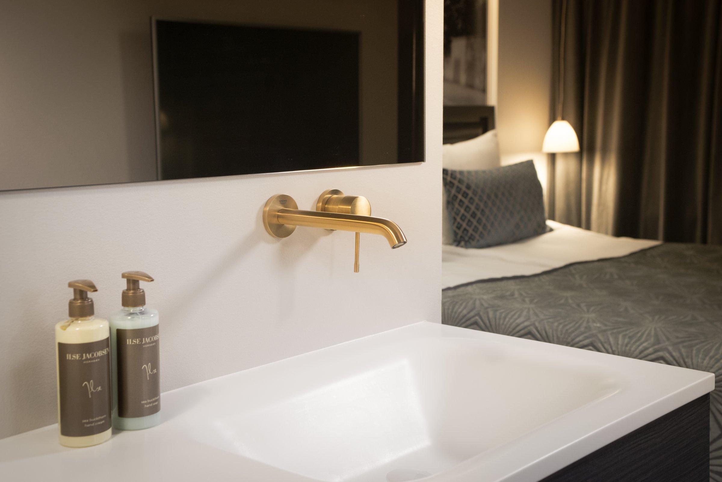 Picture of: Grohe Colours Farvede Armaturer Vinder Ind Pa Danske Hoteller Installator