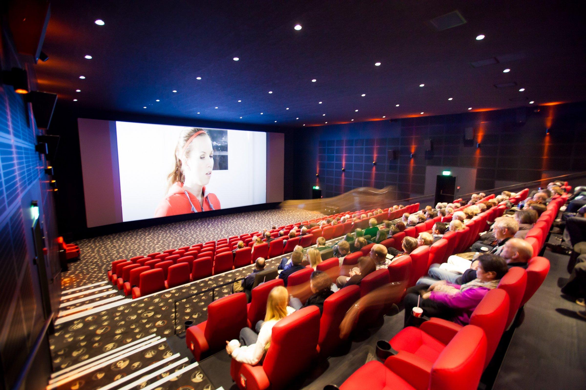 Store besparelser med smart belysning i biografer